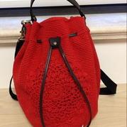 束口可拎可双肩背中国红桶包 钩针编织女士包包
