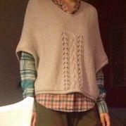 休闲披风式棒针编织套头衫
