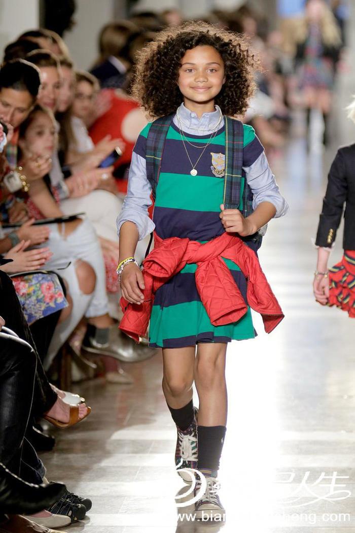 儿童毛衣天桥时尚走秀款图片