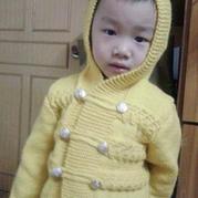男童连帽棒针编织开衫外套