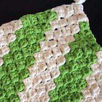 对角线钩双色婴儿毛毯 钩针编织婴儿毯