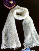 柔美马海毛棒针蕾丝长孔雀围巾