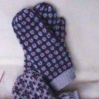 情侣款棒针编织提花连指手套