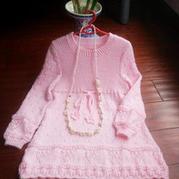 粉粉女童棒针编织长袖圆领连衣裙