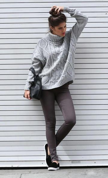 高领毛衣搭配