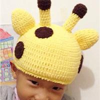 长颈鹿造型钩针编织儿童帽子