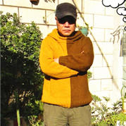 时尚撞色男士棒针连帽毛衣