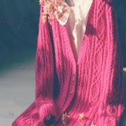 云马羊绒复古棒针女士开衫毛衣