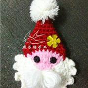 钩针编织圣诞老人胸针图文教程