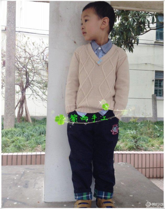韩版男童V领毛衣