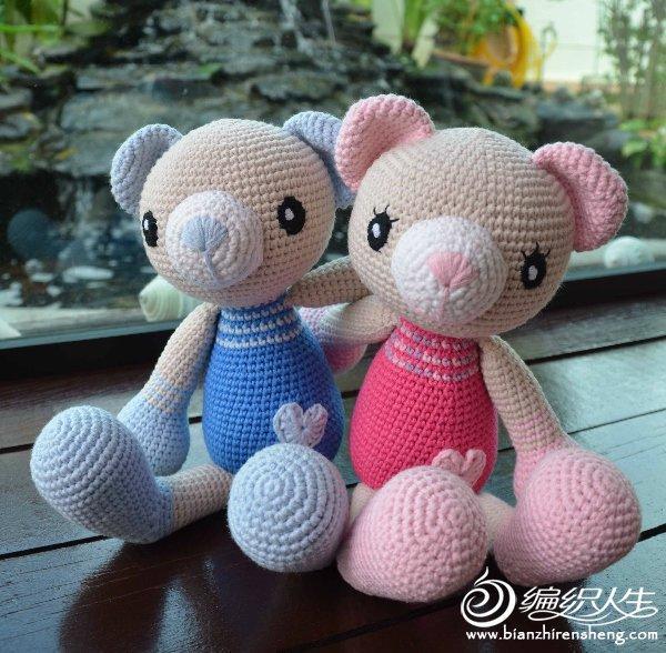 我的龙凤胎熊宝宝诞生啦! 又可爱吗?这也可当泰迪熊情侣组合哦!