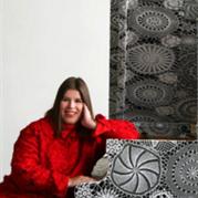 葡萄牙艺术家钩针蕾丝融入视觉装置艺术创作