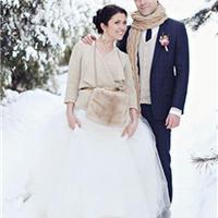 冬季婚礼时尚针织暖搭配 要风度也要温度