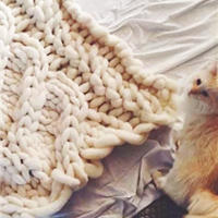 巨型毛线编织毛毯 庞大而温暖
