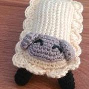 可爱实用钩针编织绵羊鼠标手垫