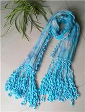 钩布结合旧物改造流苏围巾