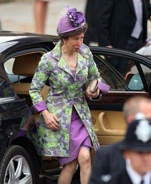 威廉王子大婚 皇室帽子搭配是王道