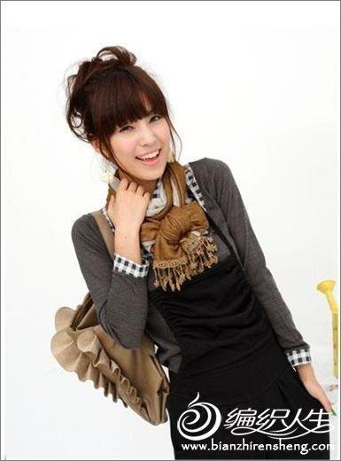 2011时尚韩式潮流围巾搭配全攻略