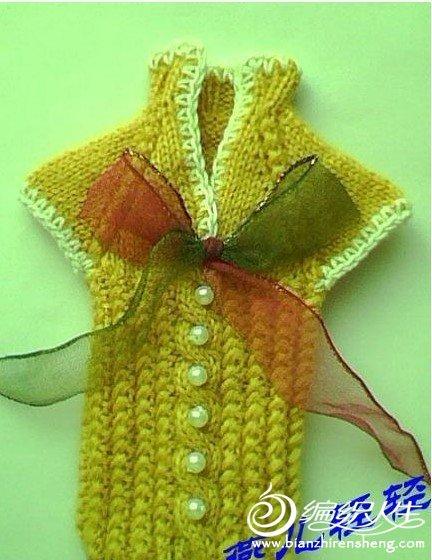 可爱的衣服样式手机套的编织