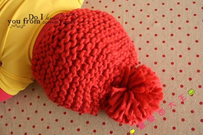 圣诞节--红色的毛线帽必不可少