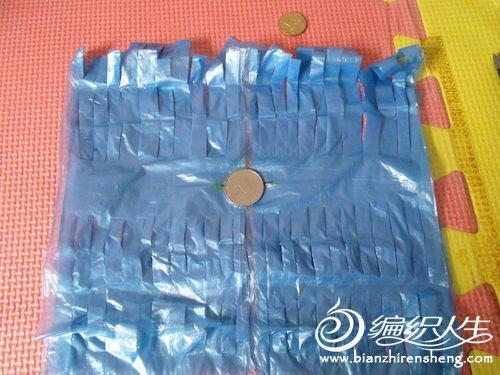 编织资讯 手工diy 创意diy塑料袋制作花式毽子图解  塑料袋一个(最好