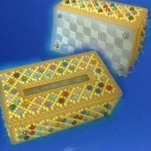 手工制作  漂亮的串珠纸巾盒