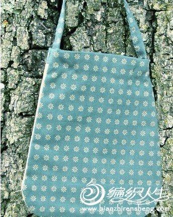 设计可爱做工精巧的十字绣包包
