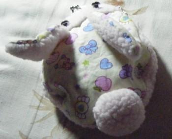兔年手工缝制一个可爱的兔兔口金包