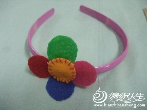 不织布花朵装饰的制作和多种使用方法