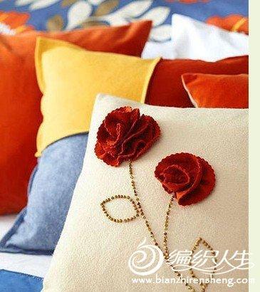 手工制作布艺蔷薇图案抱枕