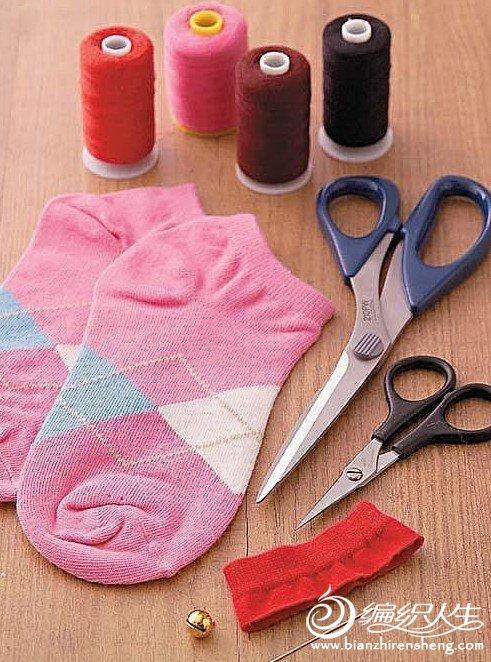手工diy 袜子娃娃招财猫的制作过程