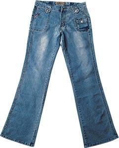 旧牛仔裤改造蕾丝乞丐裤教程图解