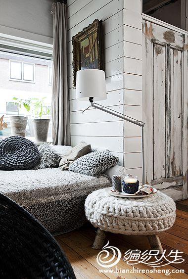 """芬兰三口之家,采用""""原木""""与""""编织""""亲手设计搭配出的温馨家园"""