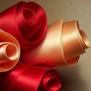 手工制作漂亮的丝带玫瑰花-编织人生