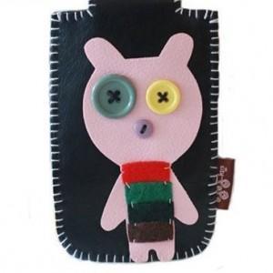 手工DIY  用纽扣和碎布制作的趣怪卡套(图片)