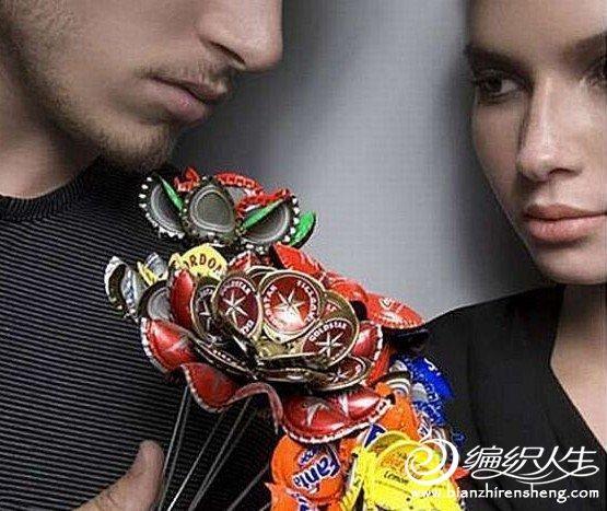 创意手工 瓶盖DIY首饰与花朵
