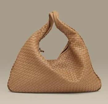 欧美手工编织包打造浪.-编织人生移动门户