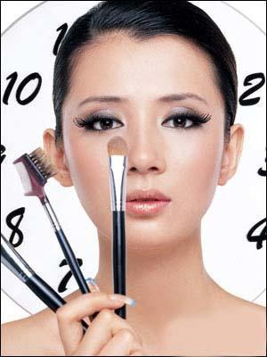 女人30岁要注意眼部护理