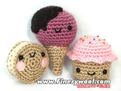 亲子教育:和孩子一起绕毛线团 体会妈妈编织毛衣的辛苦