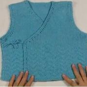 保护宝宝肚肚不受寒 和尚服棒针叠襟背心织法视频教程