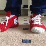 """""""匡威""""家居鞋袜,是不是很有特色?一起钩一双吧"""