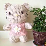 穿裙子的钩针甜美素色Hello Kitty玩偶图解