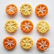 可做装饰或扣子的圆形小织片 零线创意编织系列