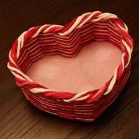 毛线创意DIY  用藤编技法编织心型收纳筐