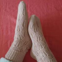棒针镂空蕾丝叶子花毛线袜 详细织袜子编织过程