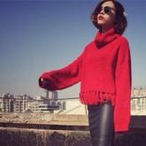 13款风格独特毛衣款式 新年时尚红毛衣款式与搭配(2)