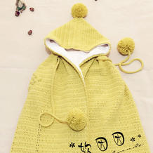 可做抱毯的钩针宝宝连帽披风
