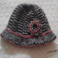 温暖厚实双层檐钩针女帽