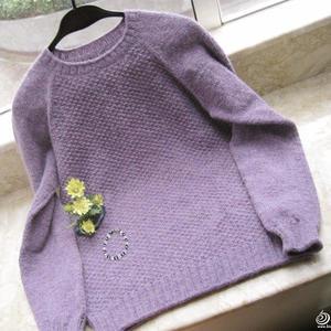 女士毛衣编织款式之从上往下织圆领毛衣教程