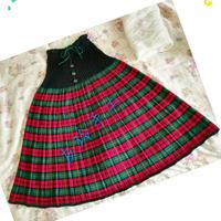 手工编织裙子之时尚红绿花格毛线裙子编织教程